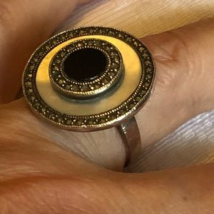 Marcasite onyx motherofpearl sterling silver ring